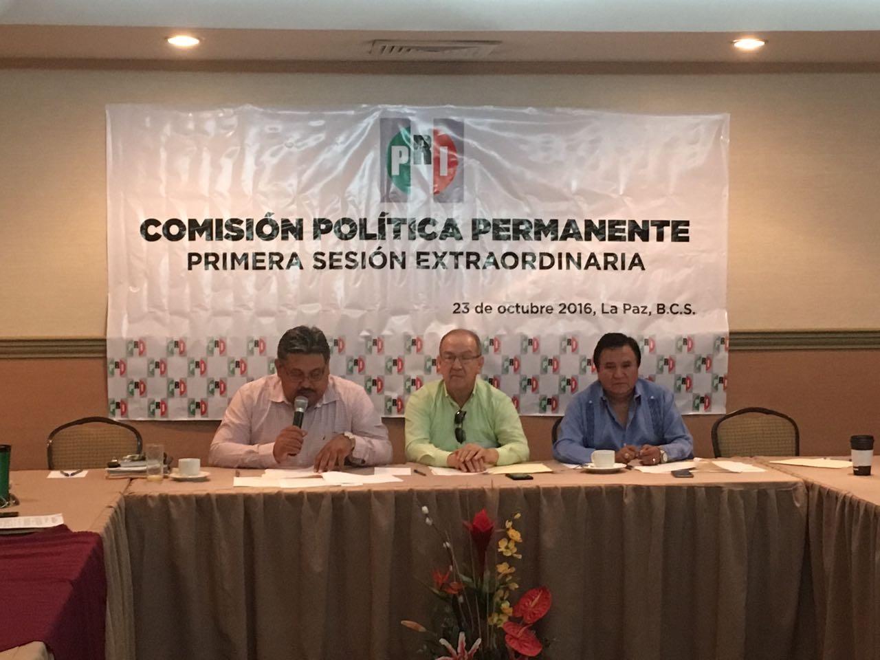 SESIONA LA COMISIÓN POLÍTICA PERMANENTE DEL PRI