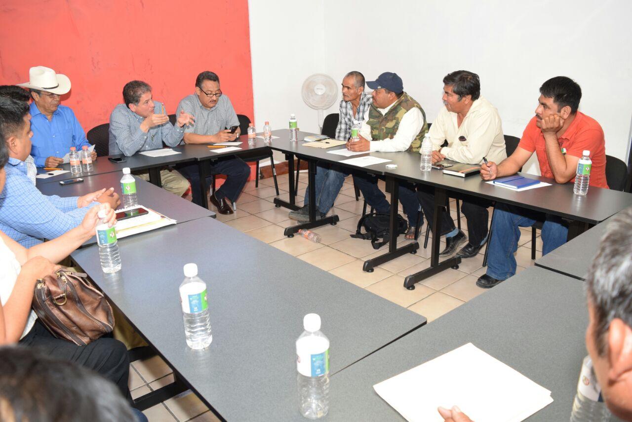 PRI escucha y atiende a autoridades municipales