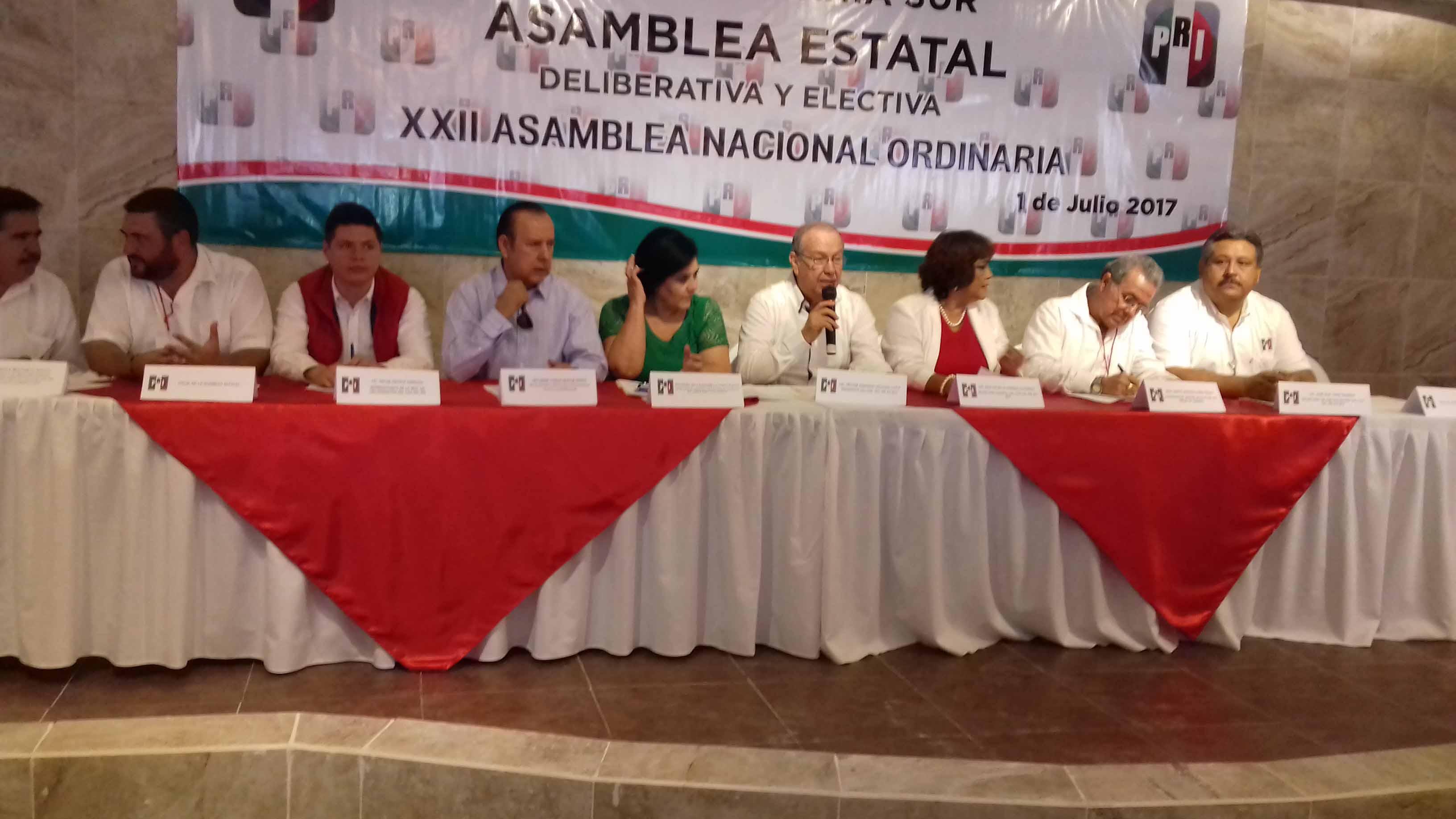 REALIZAN PRIISTAS ASAMBLEA ESTATAL DELIBERATIVA Y ELECTIVA