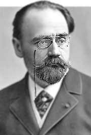 En 1939. Muere en la Ciudad de México Federico Gamboa, periodista y escritor. Es autor de la novela Santa.