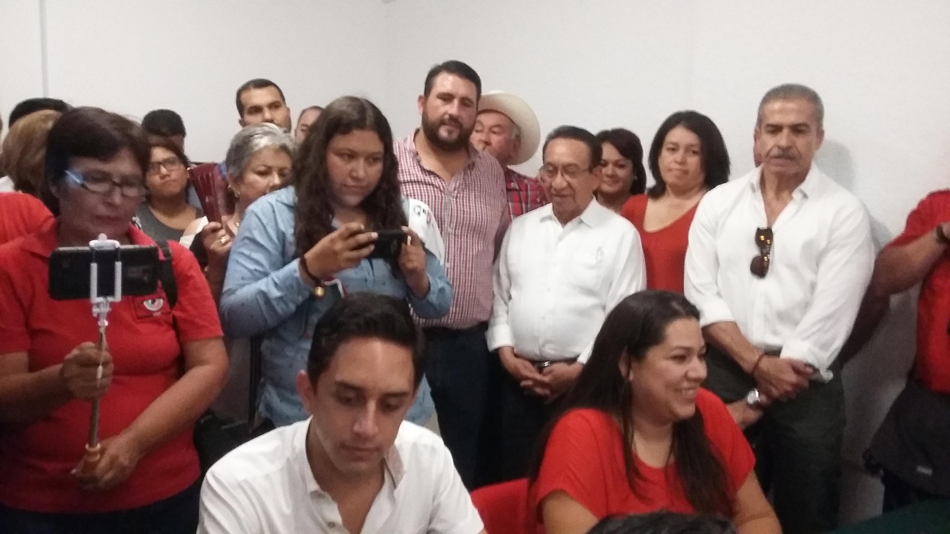 GABRIELA CISNEROS Y ANDRÉS LICEAGA, REGISTRAN FÓRMULA  PARA DIRIGENCIA ESTATAL DEL PRI