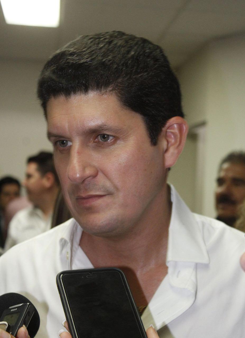 RECONOCE CARLOS GANDARILLA RESOLUCIÓN  DE IMPROCEDENCIA DEL TEE