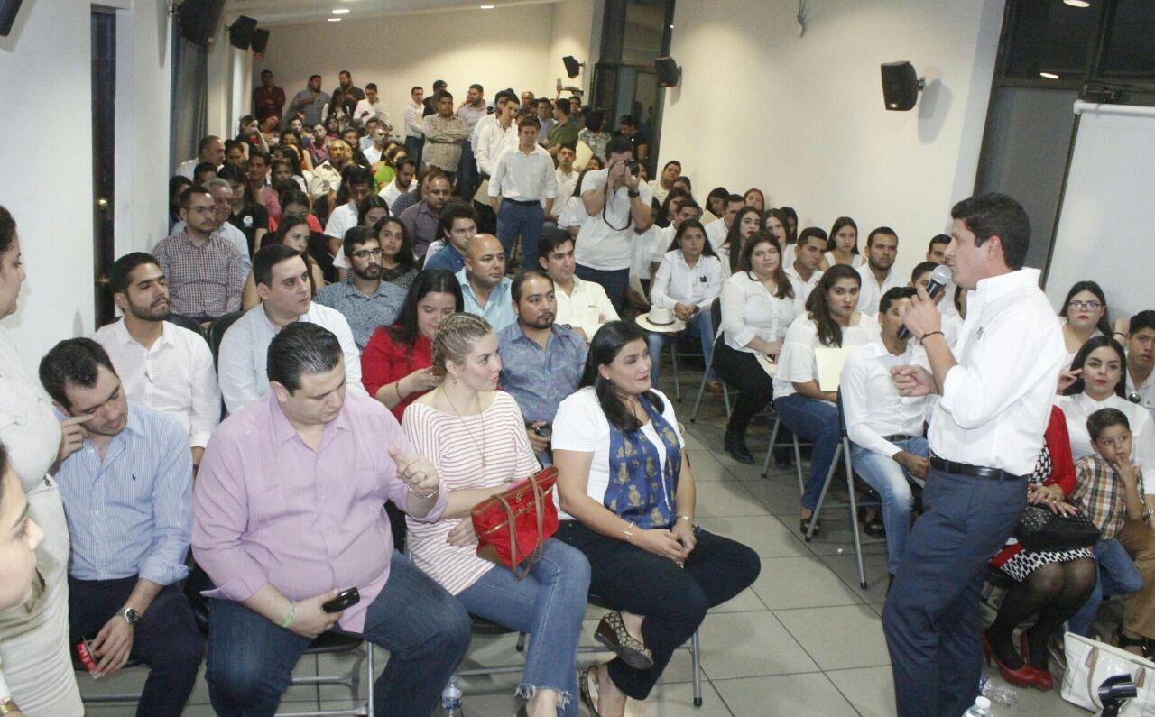 EL PRI ES UN PARTIDO QUE CREE EN LOS JÓVENES Y LO DEMUESTRA CON HECHOS: CARLOS GANDARILLA