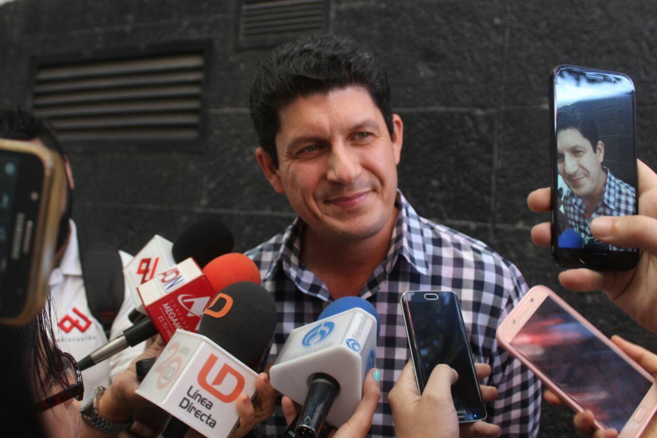 TODOS LOS MILITANTES QUE DESEAN PARTICIPAR EN EL PROCESO ELECTORAL LO PUEDEN HACER LIBREMENTE: CARLOS GANDARILLA