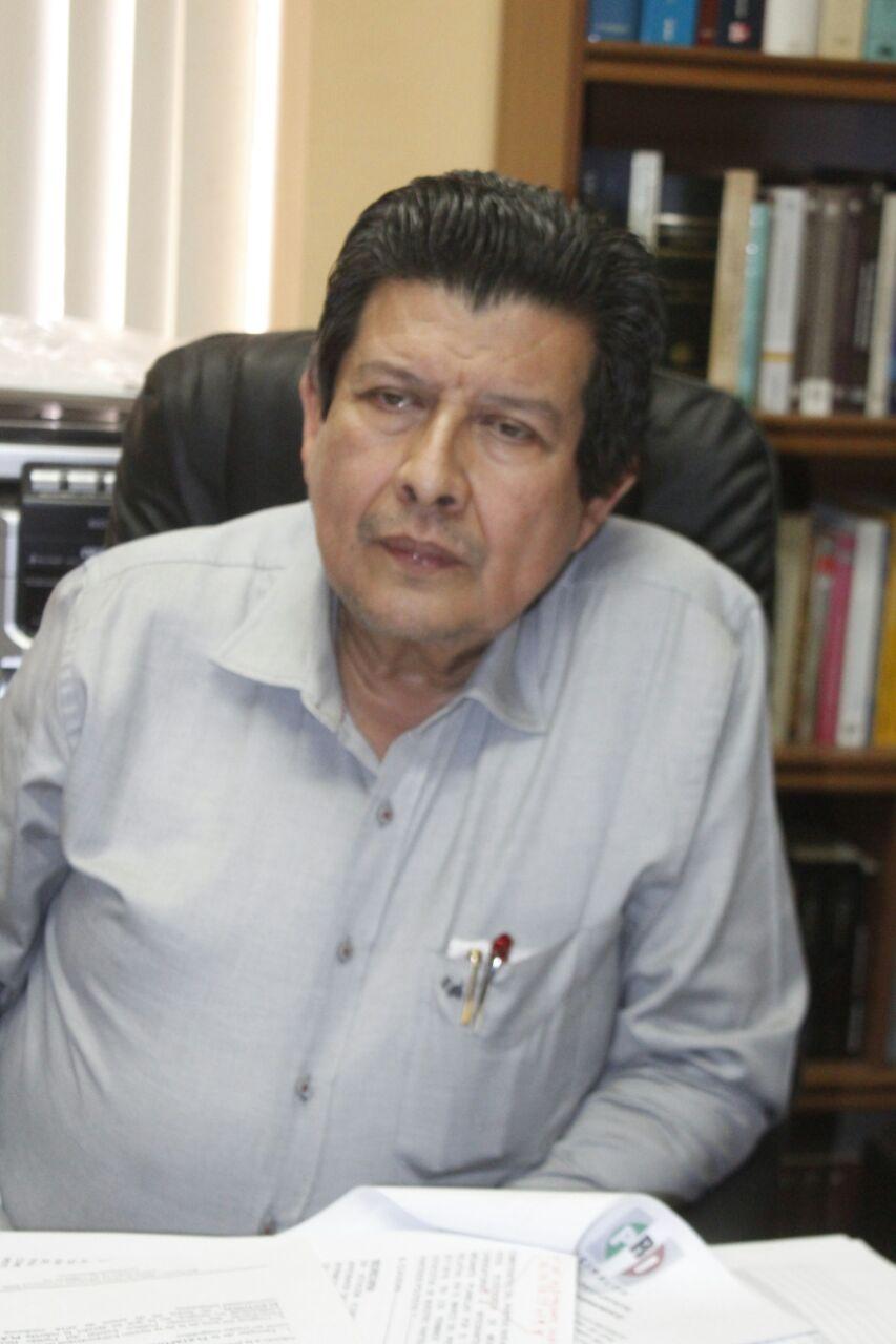 COMPARECEN CANDIDATOS DEL PRI PARA PRESENTAR SU REGISTRO ANTE EL IEES PARA EL PROCESO ELECTORAL LOCAL