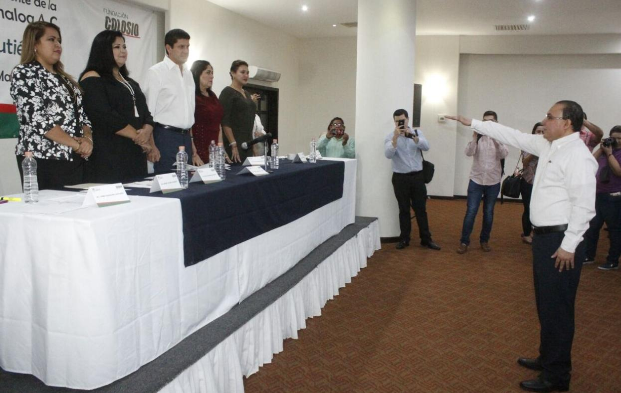 RINDE PROTESTA SERGIO JACOBO GUTIÉRREZ COMO PRESIDENTE DE LA FUNDACIÓN COLOSIO
