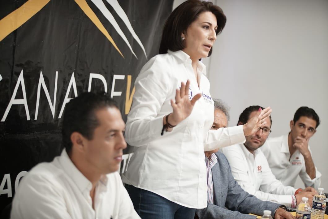 PRESENTA LORENA MARTÍNEZ AGENDA LEGISLATIVA ANTE DESARROLLADORES DE VIVIENDA