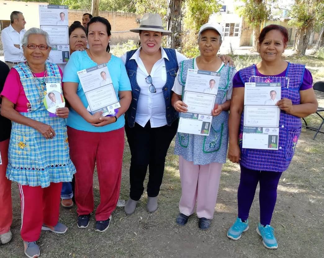 AVANZAR CONTIGO SOLUCIONARÁ LOS PROBLEMAS PARA EL CAMPO MEXICANO: NORMA ESPARZA