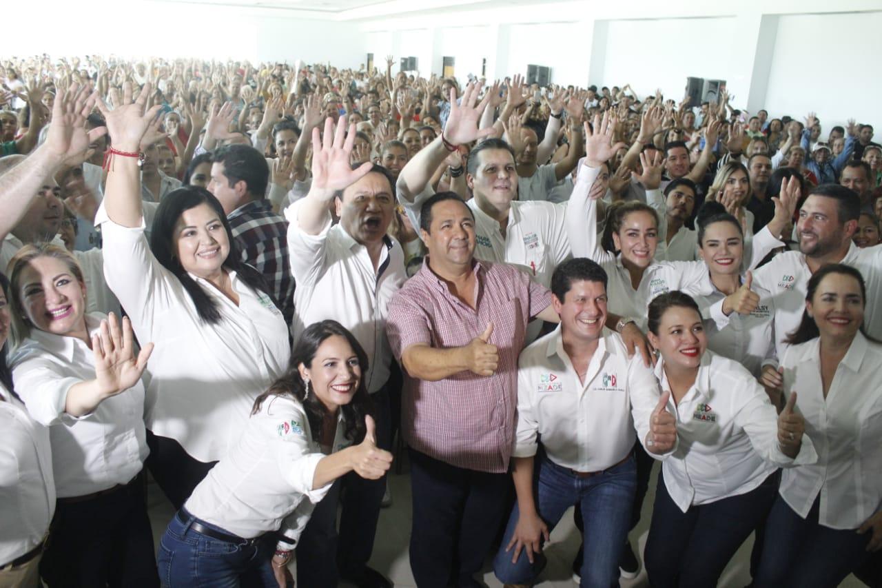 EN SINALOA EL PRIISMO TRABAJA CON UNIDAD, COHESIÓN Y RESPONSABILIDAD: MIGUEL ÁNGEL OSORIO CHONG