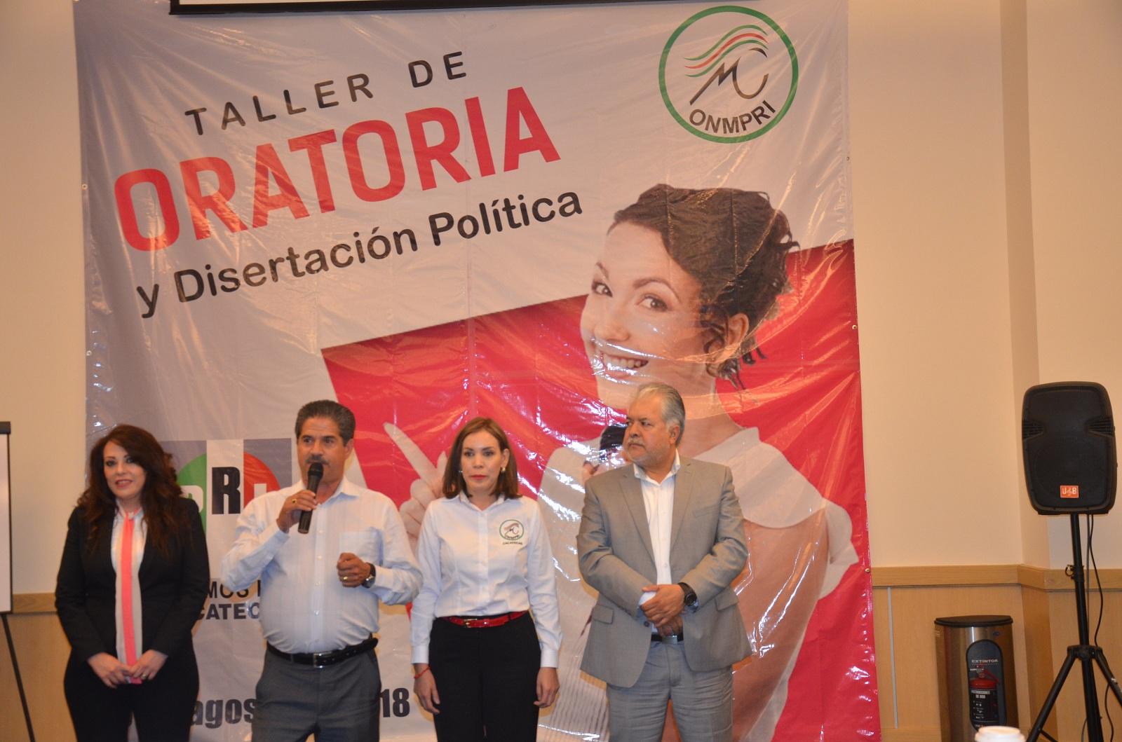REALIZA ONMPRI TALLER DE ORATORIA Y DISERTACIÓN POLÍTICA