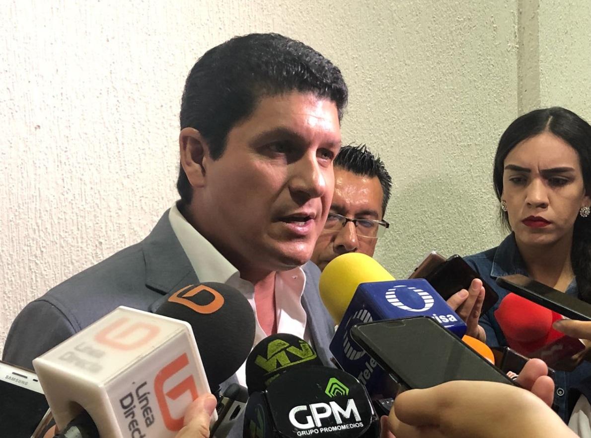 ES UN ACTO DE AVASALLAMIENTO EN CONTRA DE LA PLURALIDAD DEMOCRÁTICA: CARLOS GANDARILLA