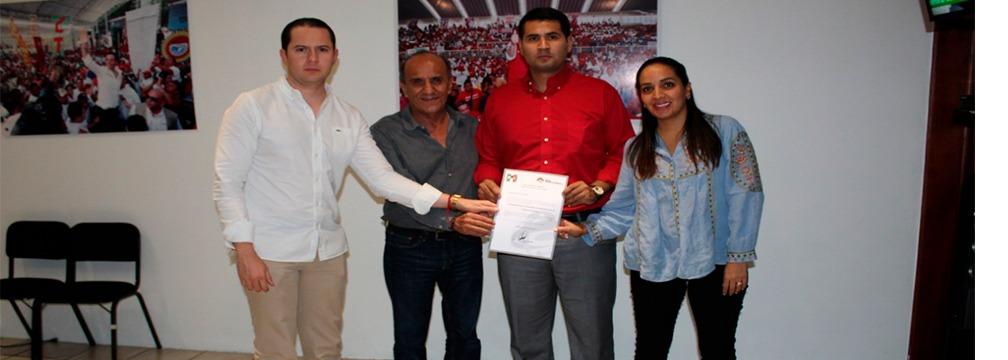 PRESENTAN A GERMÁN SIMANCAS IBÁÑEZ COMO DELEGADO PROVISIONAL DE LA RED JÓVENES POR MÉXICO EN OAXACA