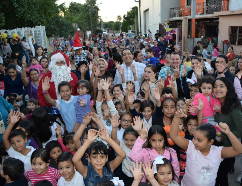 LLEVA EL PRI LA FELICIDAD DE LA NAVIDAD A FAMILIAS CULIACANENSES