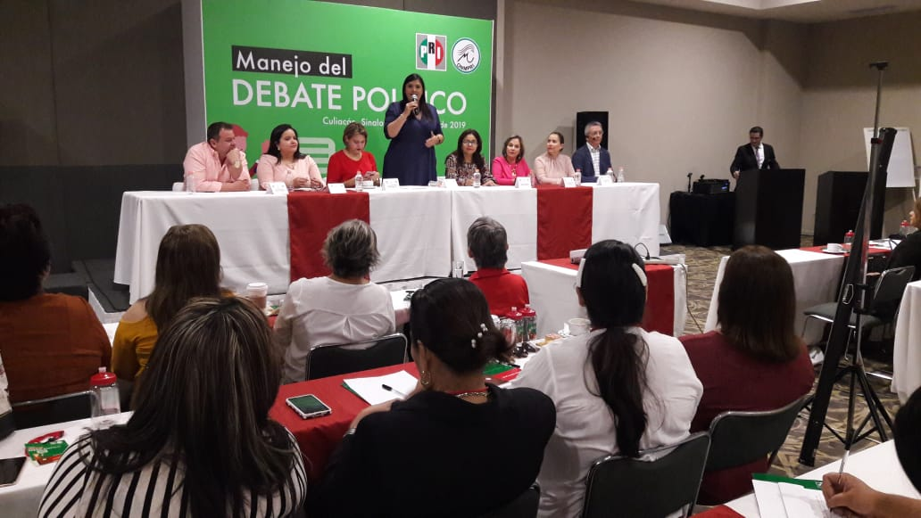 "ONMPRI SINALOA REALIZA TALLER ""MANEJO DEL  DEBATE POLÍTICO"""