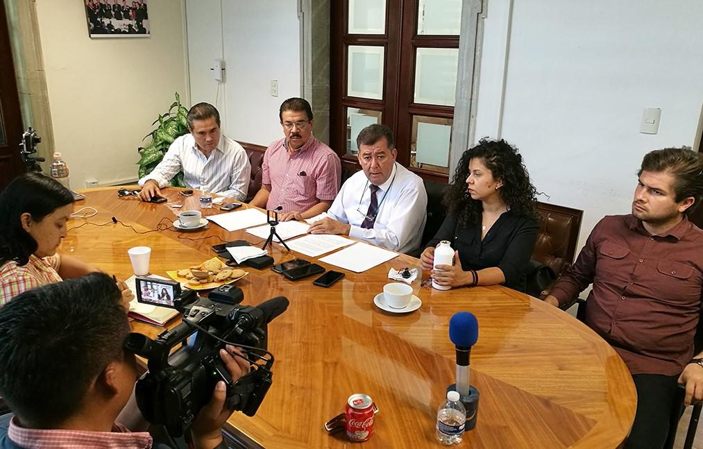 """EMPIEZA GOBERNADOR CON """"PIE IZQUIERDO"""" COMBATE ANTICORRUPCIÓN: PRI"""
