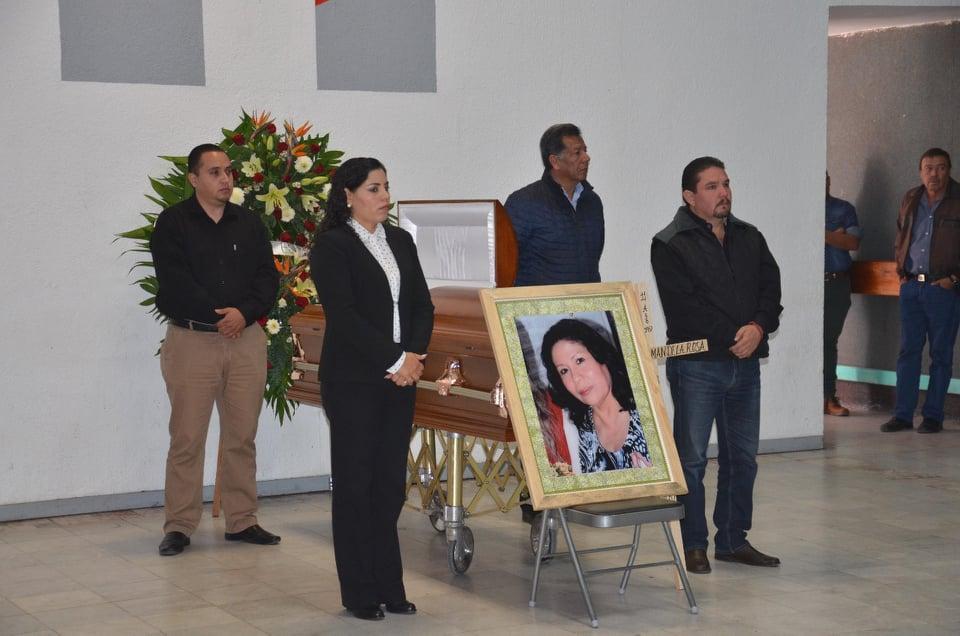 RINDEN HOMENAJE DE CUERPO PRESENTE A COLABORADORA DEL PRI ESTATAL