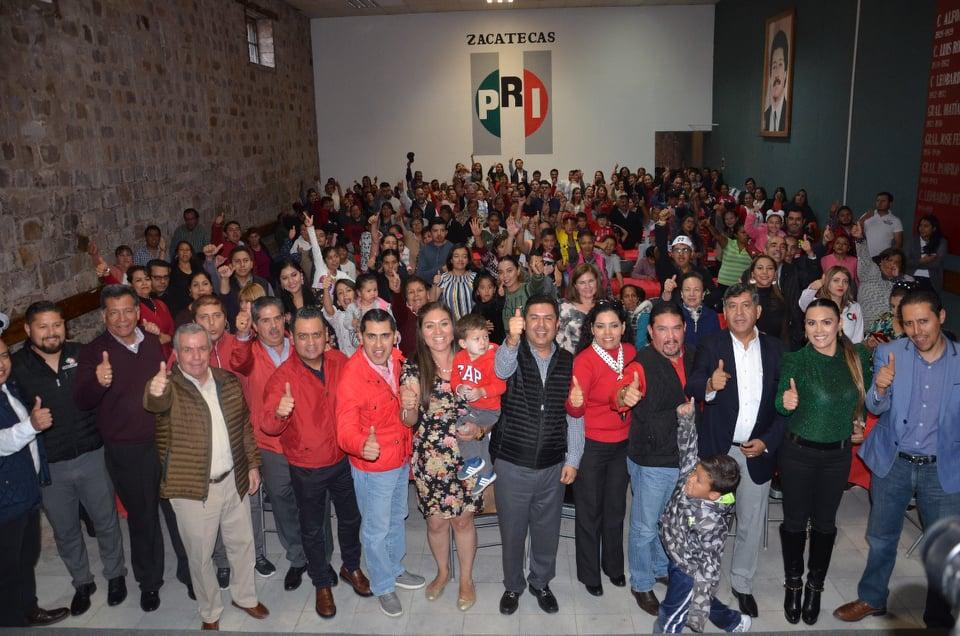 PRIISTAS DE LA CAPITAL CELEBRAN SU POSADA NAVIDEÑA