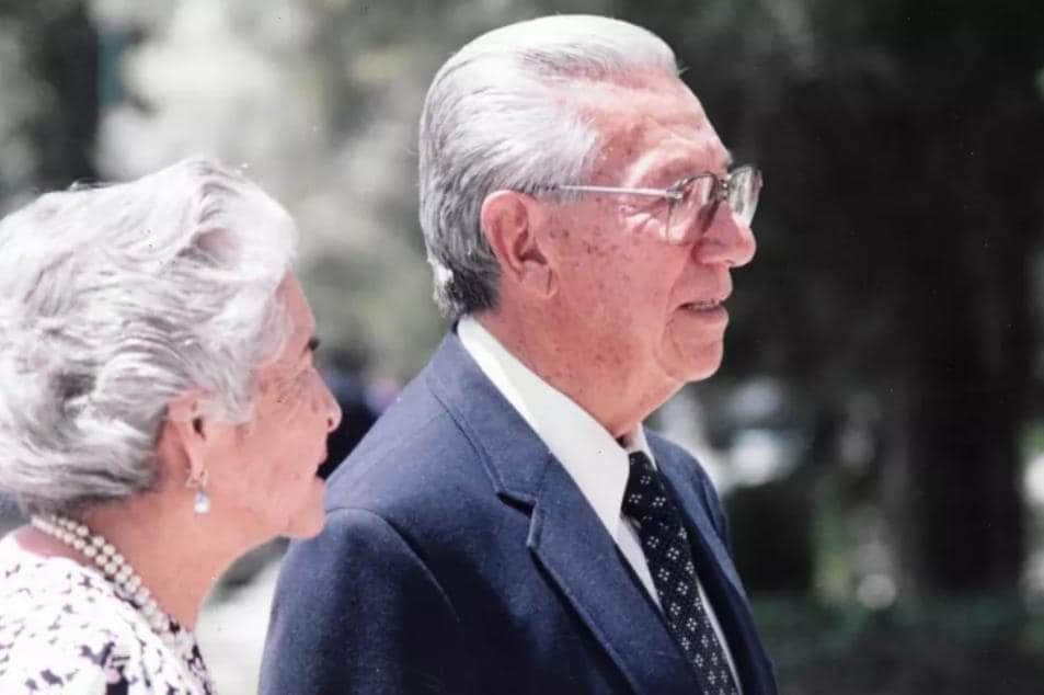 EL NUEVO SALÓN DE CABILDO DEL H. AYUNTAMIENTO DE PABELLÓN DE ARTEAGA, LLEVA EL NOMBRE DEL MAESTRO ENRIQUE OLIVARES SANTANA