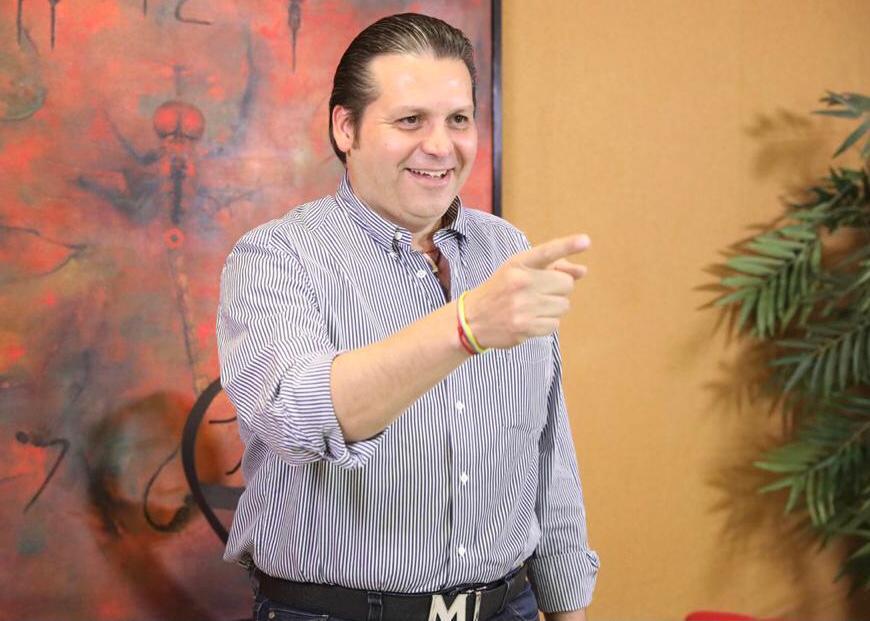 """Otorga Senado licencia a Mario Zamora; """"regresaré como gobernador a saludarlos"""""""