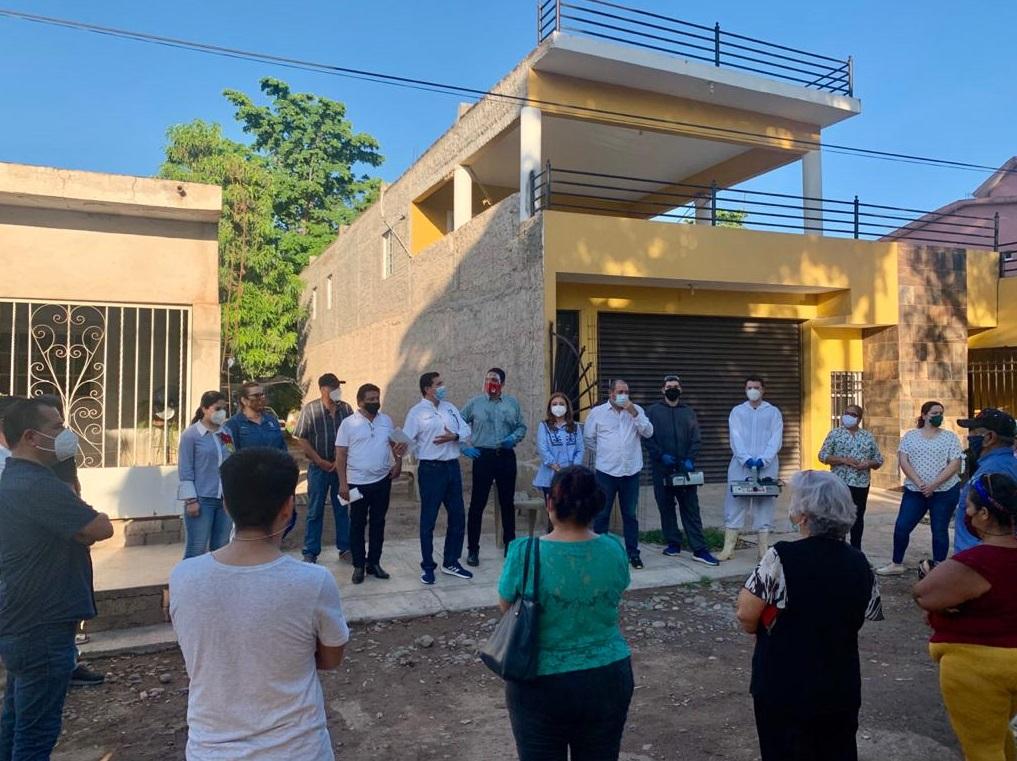 PRI y CNOP Sinaloa realizan jornada de higiene casa por casa en Guasave.
