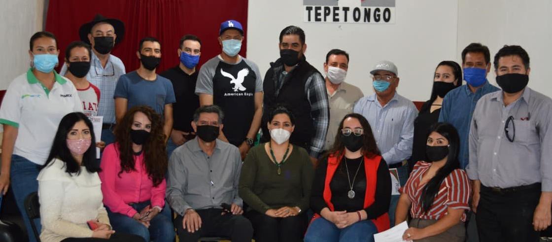 TOMAN PROTESTA NUEVOS DIRIGENTES DEL PRI EN TEPETONGO