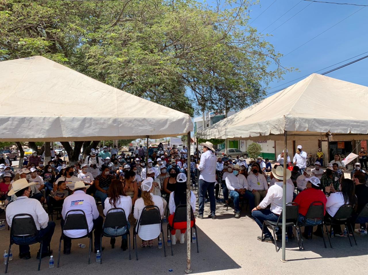 Acompaña Jesús Valdés a Faustino Hernández en gira por las sindicaturas de Culiacán