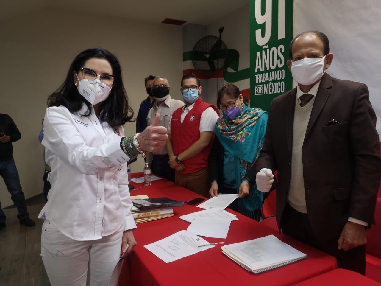 LISTA DE ASPIRANTES A LAS CANDIDATURAS DE LAS 11 PRESIDENCIAS MUNICIPALES DE AGUASCALIENTES