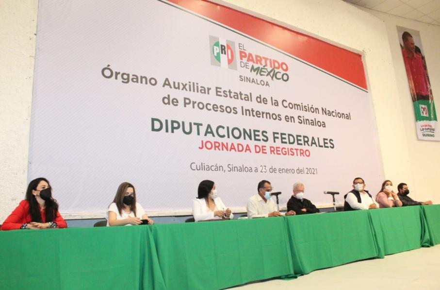 SE REGISTRAN COMO PRECANDIDATOS A LAS DIPUTACIONES FEDERALES: FAUSTINO HERNÁNDEZ, VÍCTOR GODOY Y SERGIO ESQUER.