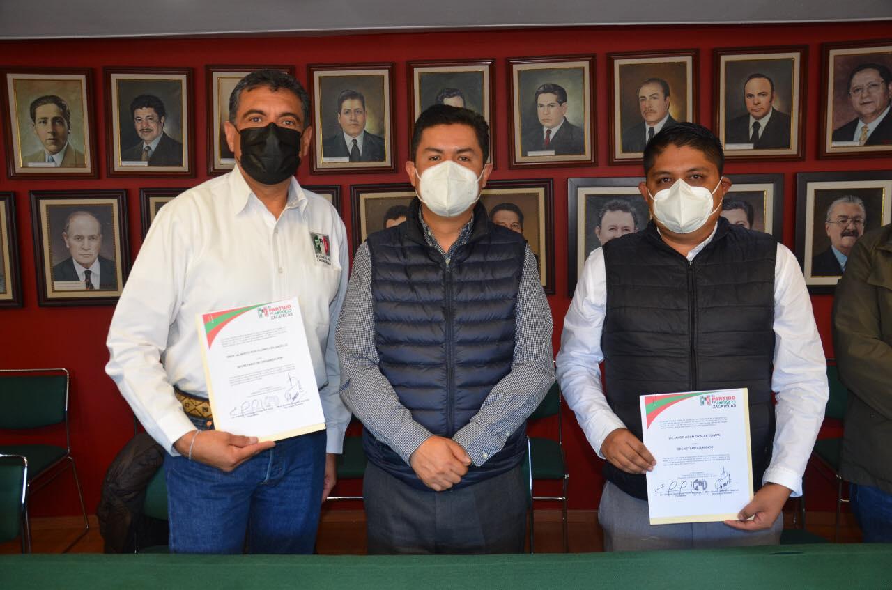 TOMAN PROTESTA TITULARES DE LAS SECRETARÍAS DE ORGANIZACIÓN Y JURÍDICA DEL PRI ESTATAL