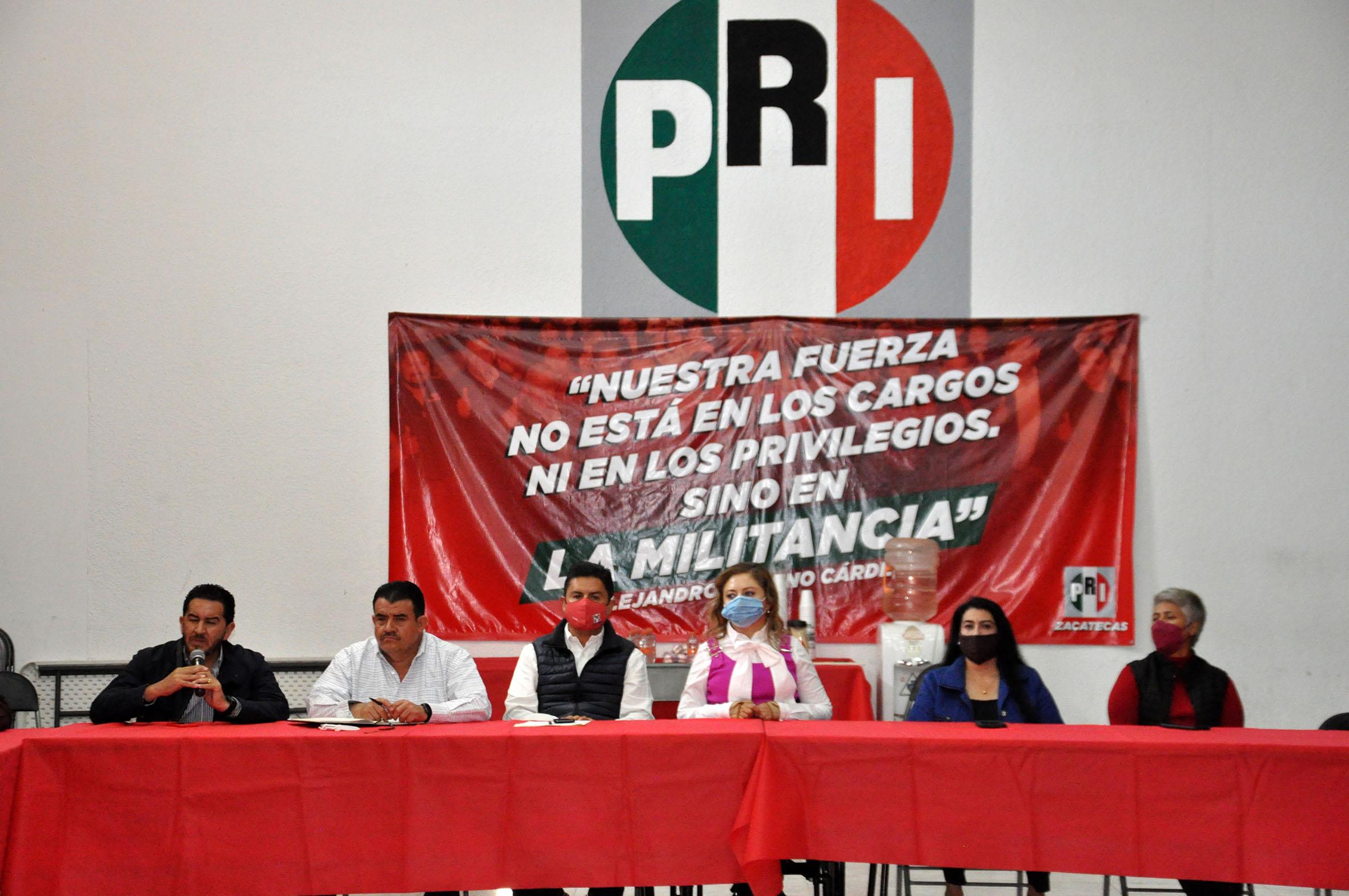 REALIZA PRI ANÁLISIS INTERNO PARA INICIAR EL REPOSICIONAMIENTO POLÍTICO