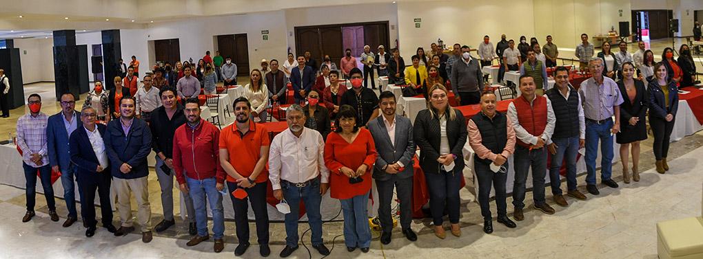 1ª. capacitación del partido a sus autoridades municipales electas a través de la filial Guanajuato del In...