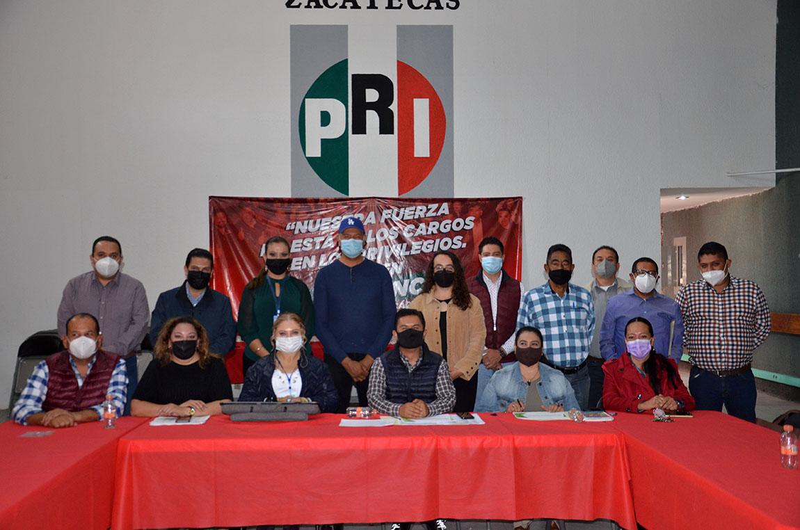 CONCLUYE REUNIÓN DE ANÁLISIS PARA ACTUALIZACIÓN DE LOS COMITÉS MUNICIPALES PRIISTAS