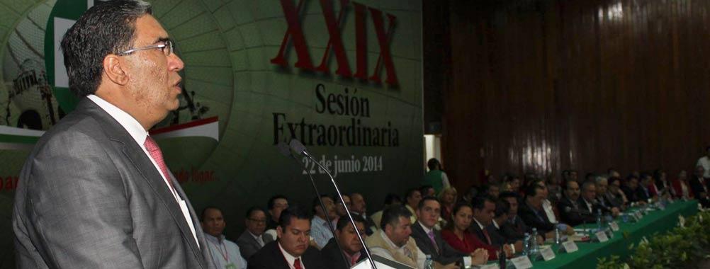 Mauricio López garantizó capacidad y transparencia y presentó un decálogo, como proyecto y estrategia para...