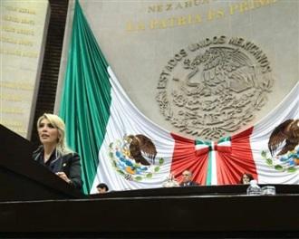 LA CONSULTA DE AMLO POR EL AEROPUERTO INTERNACIONAL DE LA CIUDAD DE MÉXICO ES UNA OCURRENCIA DISFRAZADA DE...