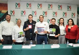 LEGISLADORES DEL PRI PRESENTAN INFORME DEL PRIMER PERIODO DE SESIONES