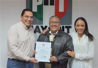 SALVADOR HERNÁNDEZ, ES NOMBRADO SECRETARIO ADJUNTO A LA PRESIDENCIA DEL PRI EN NAYARIT