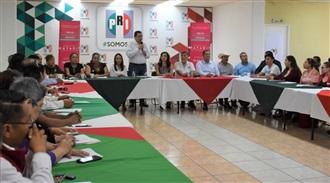"""INSTALAN Y CAPACITAN A """"RED DE EMPRENDEDORES SOCIALES"""" DEL PRI NAYARIT"""
