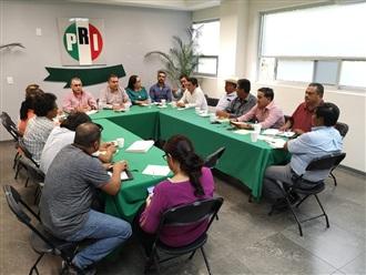 REUNIÓN DE TRABAJO CON EL DELEGADO DEL CEN DEL PRI, HUGO CONTRERAS ZEPEDA, ACOMPAÑANDO A LA DIRIGENCIA EST...