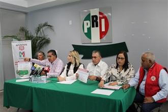 HAY COINCIDENCIAS CON OTRAS EXPRESIONES POLÍTICAS DE QUE EL TIPO DE GOBIERNO FEDERAL DEBE SER DERROCADO: PRI