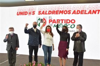 ABIGAÍL ARREDONDO RAMOS SE REGISTRA COMO PRECANDIDATA DEL PRI A LA GUBERNATURA DE QUERÉTARO