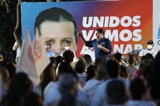 COMPROMETE MARIO ZAMORA PAVIMENTACIÓN EN SALVADOR ALVARADO