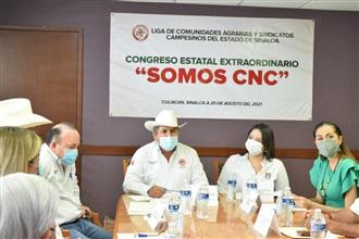 Ratificamos el compromiso con los campesinos de Sinaloa y México, reconocimiento total a nuestra organizac... width=
